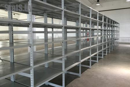 универсальные стеллажи на инструментальном складе 1